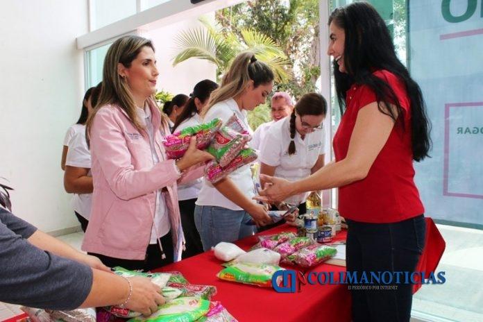 DIF 3 696x464 - Instala Gobierno del Estado centro de acopio en apoyo a damnificados de San Gabriel, Jalisco