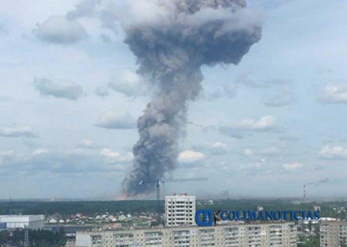 accidente rusia fabrica 696x496 - 42 heridos en Rusia por accidente en fábrica