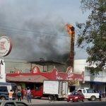 incendio pollos 150x150 - Flamazo en negocio de pollos asados causa pánico