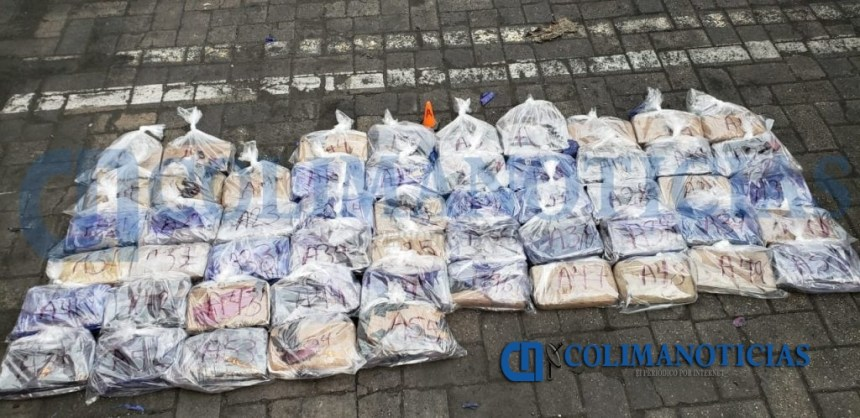 Marina Armada de México asegura más de 60 kilogramos de presunta cocaína en Manzanillo 4 1024x498 - Marina Armada de México asegura más de 60 kilogramos de presunta cocaína en Manzanillo