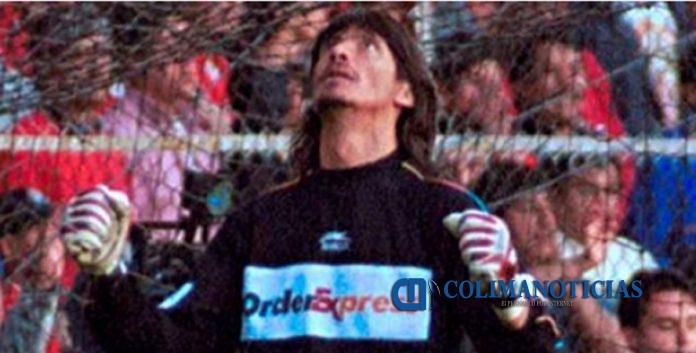 ngel David Comizzo 696x353 - Comizzo afirma que Cruz Azul será campeón cuando él lo dirija