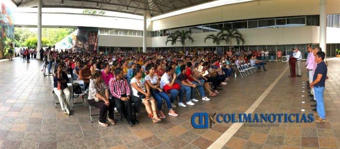 Educación SEP Colima 696x306 - Ofrecen a maestros de Colima mil 200 plazas en Guanajuato
