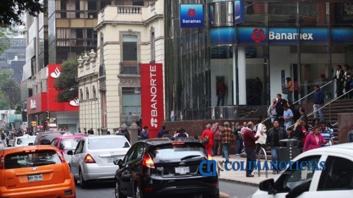 bancos 696x391 - Usuarios de Banorte, Banamex y BBVA reportan fallas en el sistema, en diferentes puntos del país