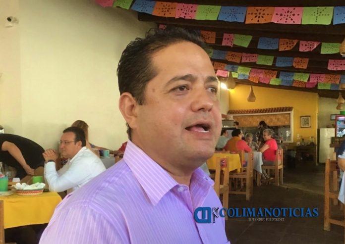 Carlos César Farías  696x493 - Salud pública y desabasto de carne, afectaciones que ocasionaría el cierre de Rastro en Colima: Farías