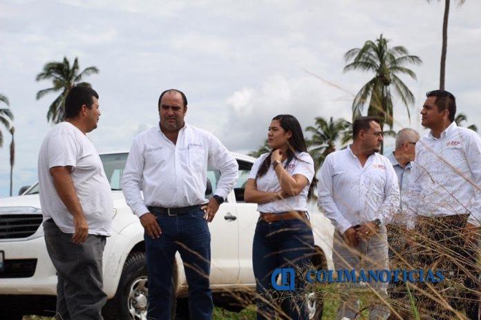 Recorre Indira Vizcaíno zona dañada por Lorena en Manzanillo 696x464 - Recorre Indira Vizcaíno zona dañada por 'Lorena' en Manzanillo