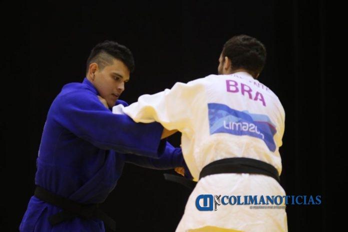 Braya Misael Valencia Preciado 1 696x464 - Obtienen Brayan Valencia y Cristobal Aburto, de judo, Premio Estatal del Deporte 2019