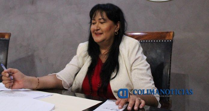 Dip. Araceli García Muro 696x372 - Autoriza Congreso descuentos para contribuyentes de Comala