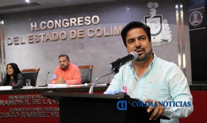 Dip. Julio Anguiano Urbina 2 696x412 - Autoriza Congreso donación de predio a Asociación Tecomense contra Cáncer