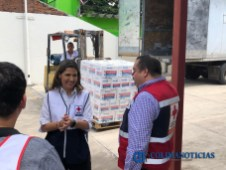 Llegan a Colima 1755 kits alimentarios 4