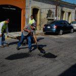 bacheo 150x150 - Trabajo de bacheo en las principales calles y avenidas de la ciudad capital