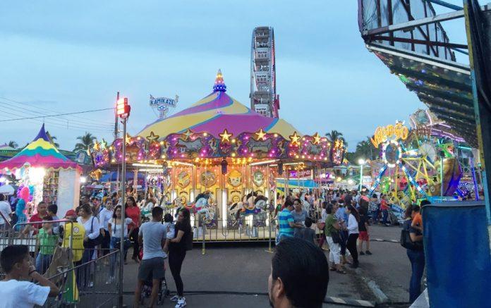 feria colima 2019 696x437 - Se romperá récord de asistencia en la Feria de Colima, prevé Vázquez Vuelvas