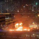 manifestantes prodemocracia sitiados por la policía en una universidad de Hong Kong 150x150 - China advierte que restablecer el orden en Hong Kong 'es la tarea más urgente'