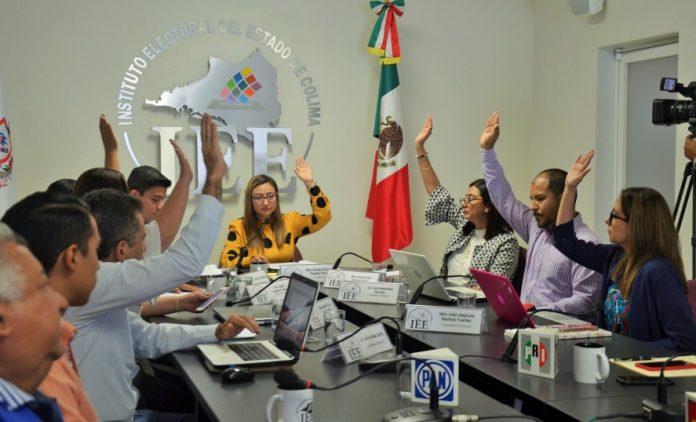 Emprenderá IEE Colima programas y acciones conjuntas con UdeC e Infocol 696x422 - Emprenderá IEE Colima programas y acciones conjuntas con UdeC e Infocol; firmarán convenios de colaboración