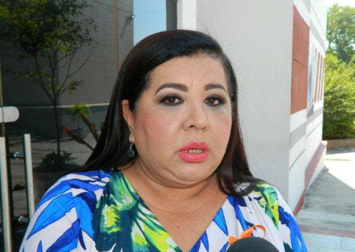 Rosalva Farías Larios 696x495 - Recorte Federal a escuelas de Tiempo Completo y Aprendizaje de Inglés en Colima es lamentable: Rosalva Farías