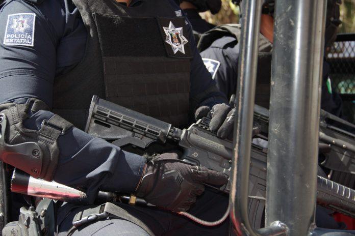 SSP policía 696x464 - Detiene SSP a sujeto con más de 80 dosis de droga - #Noticias