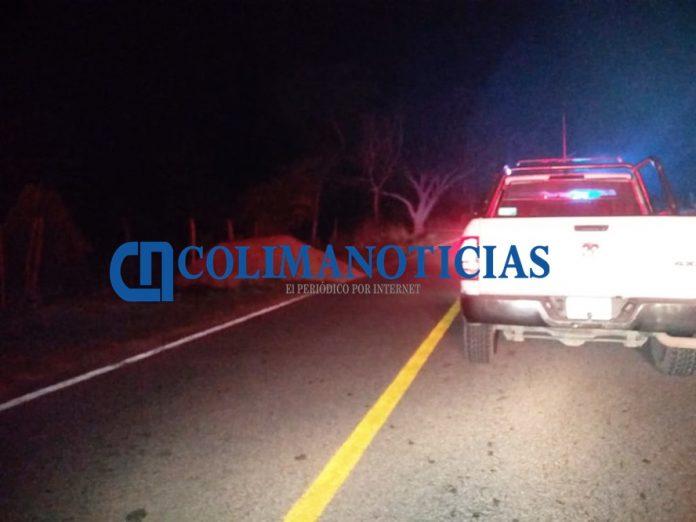 Trágico accidente en Armería 696x522 - Trágico accidente en Armería; un muerto y un herido al volcarse en la motocicleta que viajaban - #Noticias