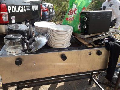 Policía Municipal de Colima detiene a presuntos ladrones que hurtaban aprovechando la contingencia sanitaria (1)