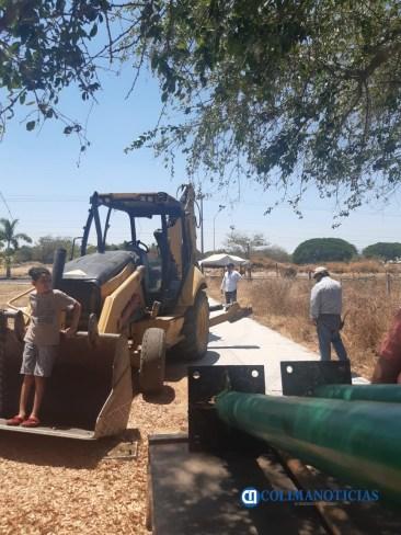 Vecinos de colonia Villas Diamante en Villa de Álvarez se unen para evitar que empresa destruya jardín9