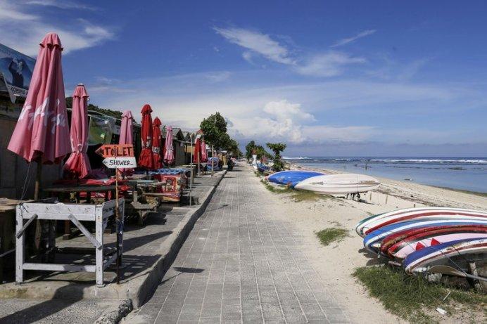 Bali no recibirá a turistas extranjeros por el resto del año