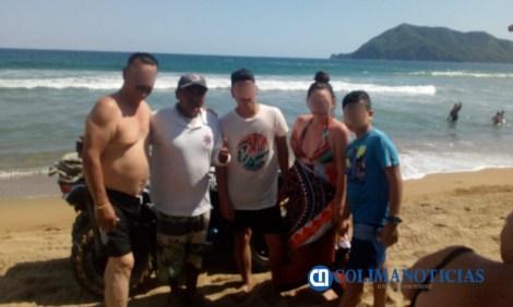 rescate en playa de Manzanillo