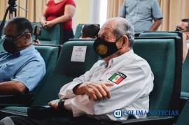 Entrega cabildo de Colima la medalla 'Melchor Ursúa Quiroz' 2020 a Edgar Francisco Figueroa Gutiérrez