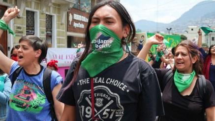 marchas ecuador legalizacion del aborto