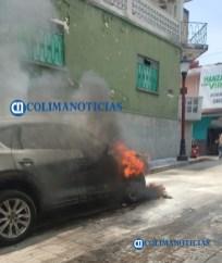 Cuantiosas pérdidas materiales dejan incendios en viviendas y automóviles2