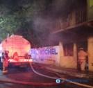 Cuantiosas pérdidas materiales dejan incendios en viviendas y automóviles7