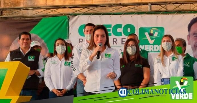 Karen Castrejón del verde