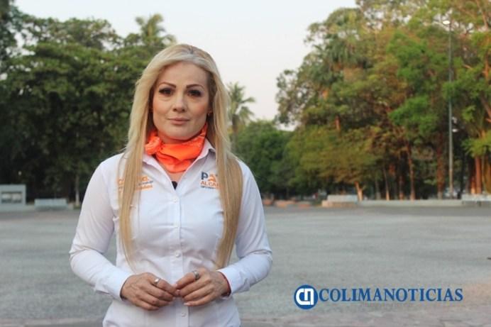 Paty Alcaraz MC