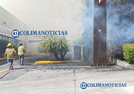 Se incendia estructura de estacionamiento de La Marina San Fernando 39