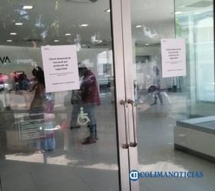 Cierran temporalmente sucursal de BANCOMER en Tecomán