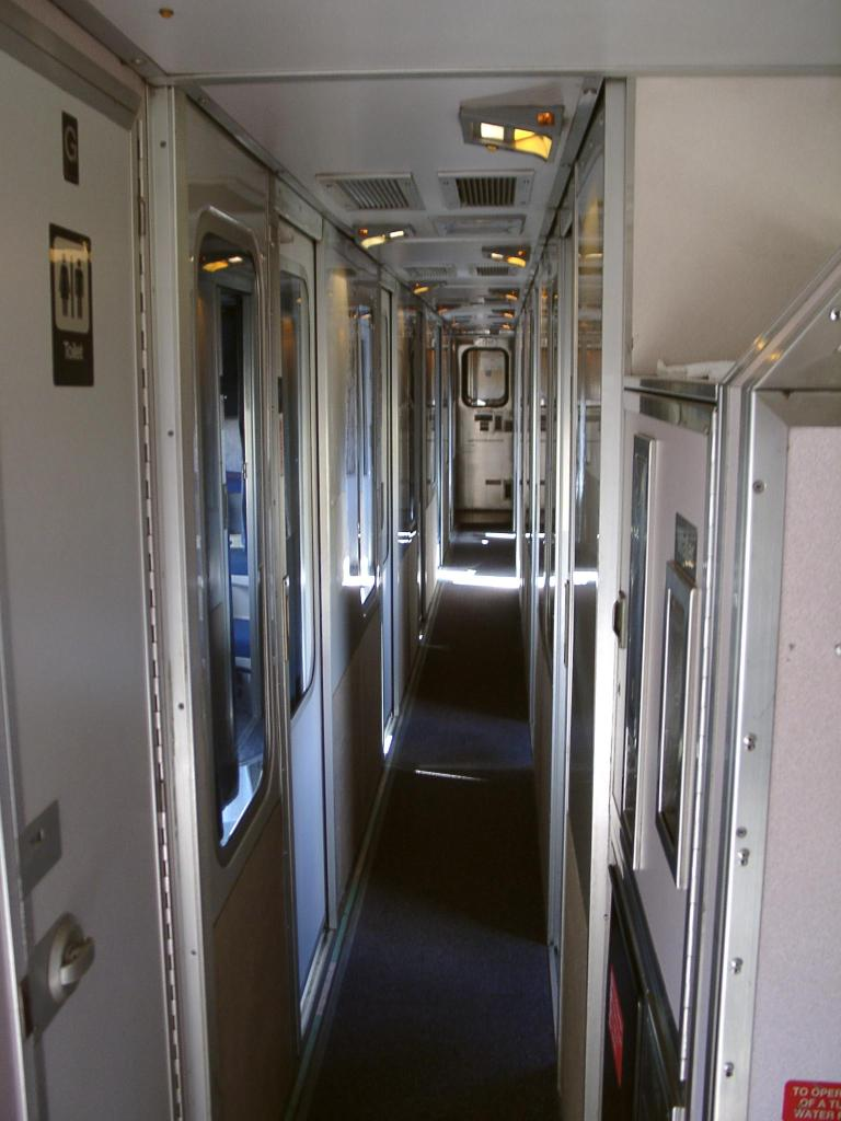 chair bed sleeper knoll butterfly usa trip (2003) amtrak train