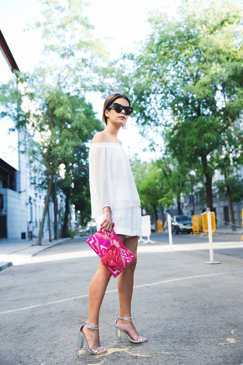 Total_White-off_Shoulders_Top-Plumetti-Oysho-Silver-Outfit-Street_Style-2