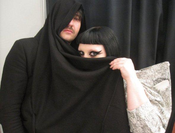 Nathan + Beth (The Gossip)