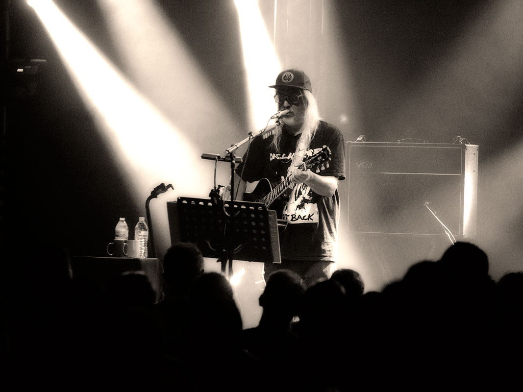 J Mascis @ Triffid, Thursday 7 March 2019