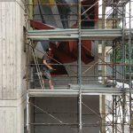 Tutti diversi, tutti uguali il muro di Lucamaleonte per Stravagante Hostel | Collater.al 8