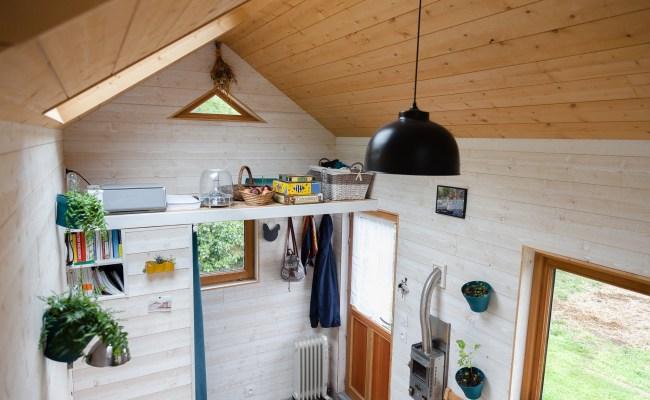 Vendue Tiny House D Occasion En Savoie Collectif Tiny House