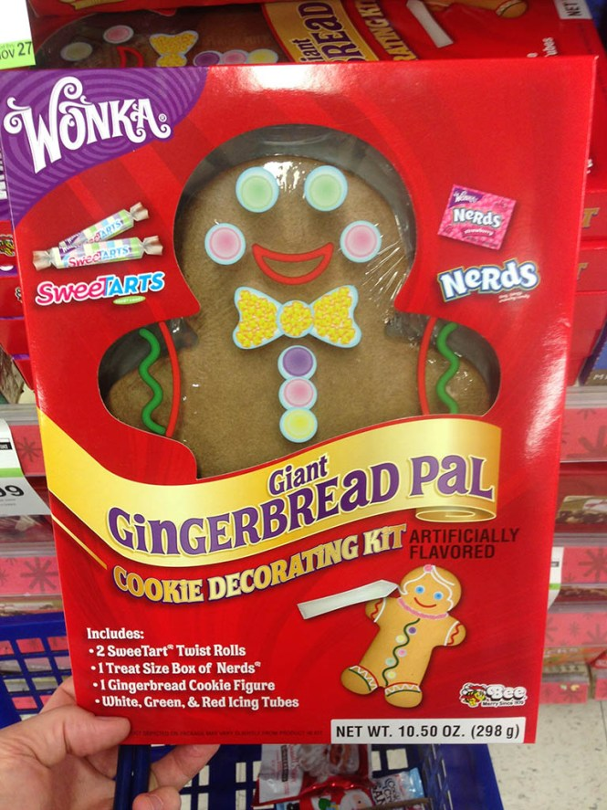Decorating The Roof Of Wilton Haunted Gingerbread Cookie House Kit Insearchofyummyness Com