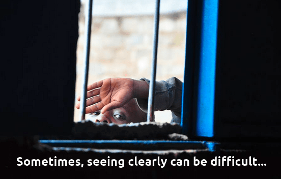 Seeing clearly, left or right - image