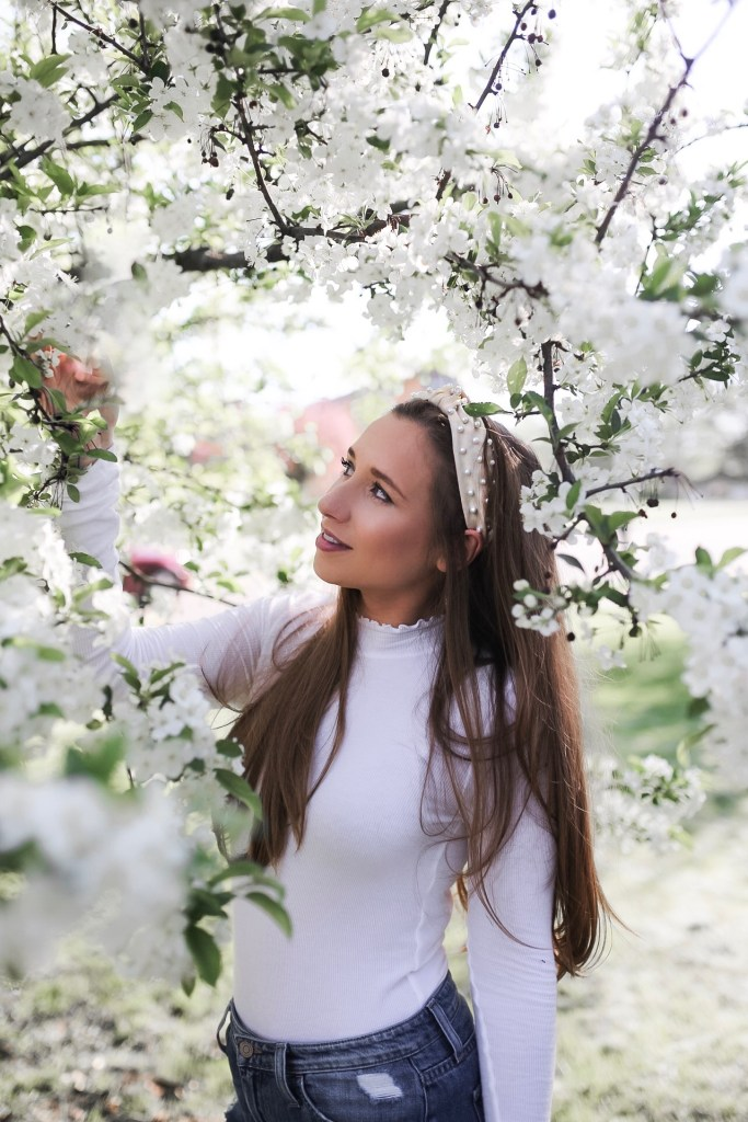 Headbands and Hair Accessories to Complete Your OOTD
