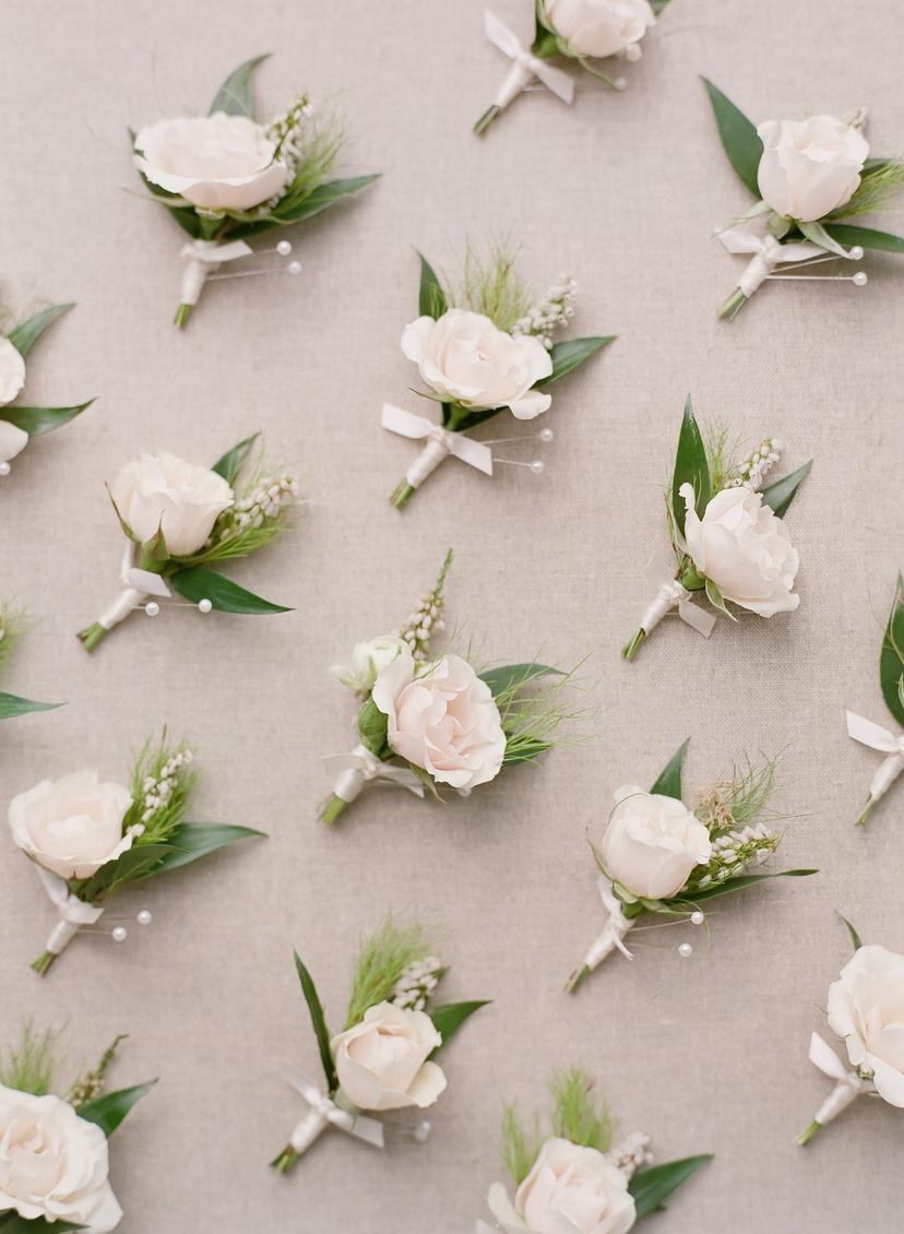 Feminine Blush and Ivory Wedding Florals