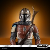 STAR WARS THE VINTAGE COLLECTION 3.75-INCH THE MANDALORIAN Figure - oop(1)