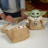 STAR WARS THE CHILD ANIMATRONIC EDITION WITH 3-IN-1 CARRIER - lifestyle (9)