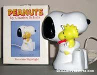 Snoopy hugging Woodstock Nightlight