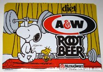 Snoopy & Woodstock lifting weights A&W Diet Root Beer Box Side