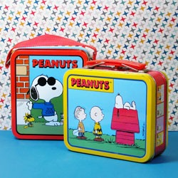 Peanuts & Snoopy Kitchen Goods