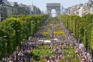 Looking at the Champs-Elysees garden in Paris- Gad Weil and Laurence Medioni