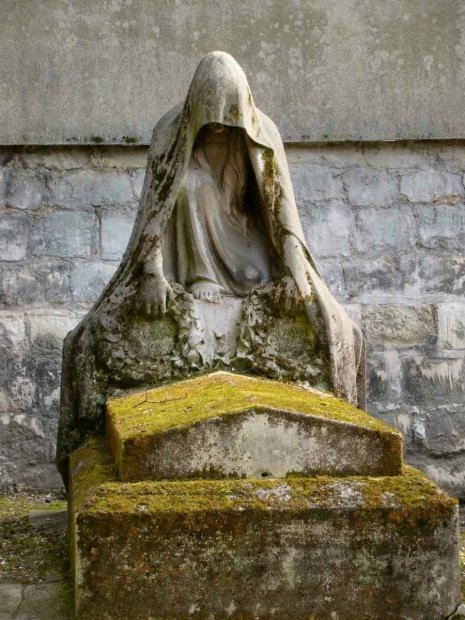 Paris Cemetery Pere Lachaise Cloaked Figure