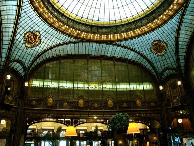 Journees du Patrimoine ceiling interior of the bank Societe Generale Boulevard Haussmann